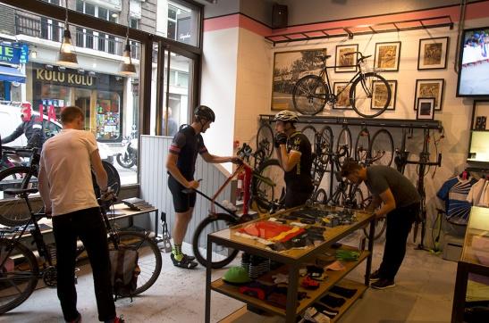 rapha bisiklet kafe